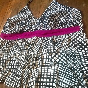 Plus size 3x black and white swimsuit top